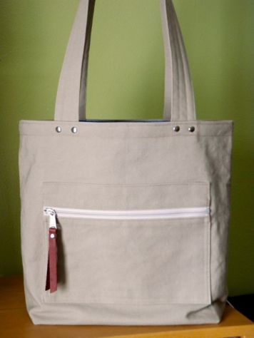 Canvas tote front